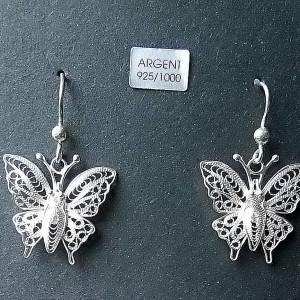 Jolie paire de boucles d'oreille pendantes en forme de papillon en argent